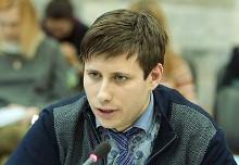Уполномоченный по правам студентов в РФ Артем Хромов приступил к исполнению своих обязанностей.