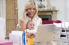 Правительство проводит эксперимент по обучению молодых матерей на подготовительных курсах вузов.