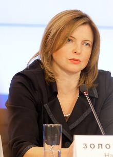 иректор департамента Минобрнауки Наталья Золотарева заметила, что повышение зарплаты в учреждениях среднего и начального профобразования не должно происходить за счет увеличения педагогической нагрузки и сокращения штата.