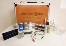Существует довольно внушительный набор для проведения экспериментов, – мини-лаборатория «Наука в чемодане».