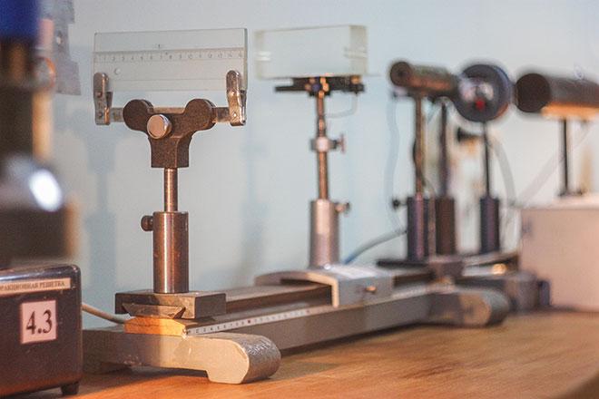 оборудование на физике