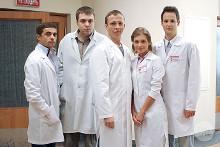 По данным Министерства здравоохранения, в стране наблюдается тотальный дефицит врачей (нехватка составляет 40 тысяч человек) и среднего медперсонала (около 270 тысяч).