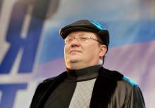 Глава думского комитета по труду, социальной политике и делам ветеранов единоросс Андрей Исаев отметил идею Шмакова как интересную