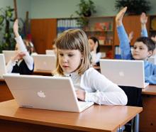 Федеральная инициатива о пятидневной учебной неделе в начальной школе была одобрена петербургскими депутатами.