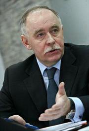 Как заявил Виктор Иванов, руководитель Федеральной службы по контролю за оборотом наркотиков, тестирование школьников на употребление наркотических веществ – фикция и показуха.